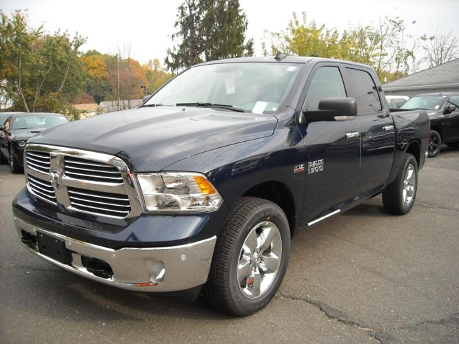 2017 ram ram pickup 1500 big horn 4x4 big horn 4dr crew cab 5 5 ft sb pickup for sale in. Black Bedroom Furniture Sets. Home Design Ideas