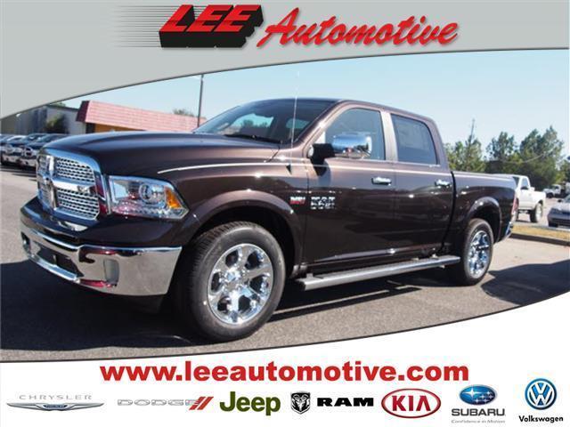 2017 Ram Ram Pickup 1500 Laramie 4x2 Laramie 4dr Crew