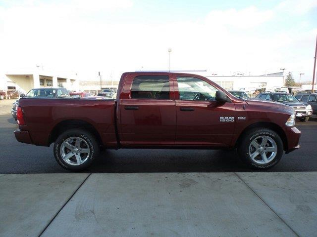 2017 ram ram pickup 1500 tradesman 4x4 tradesman 4dr crew cab 5 5 ft sb pickup for sale in. Black Bedroom Furniture Sets. Home Design Ideas