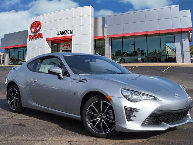 2017 Toyota 86 Base 2dr Coupe 6A