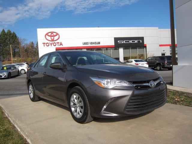 2017 toyota camry le le 4dr sedan for sale in reading pennsylvania classified. Black Bedroom Furniture Sets. Home Design Ideas