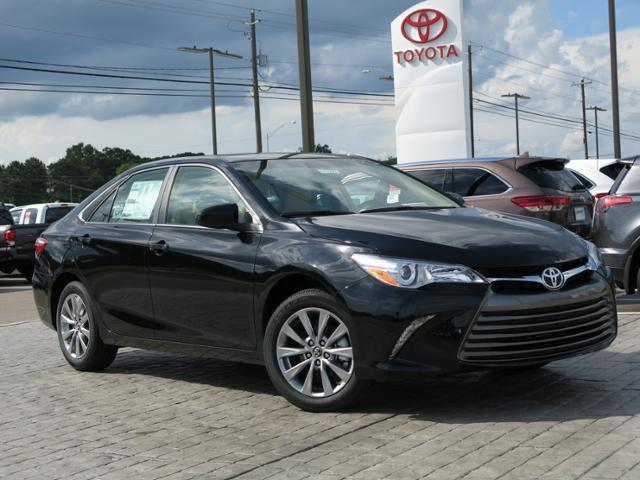 toyota camry 2017 xle price 2017 used toyota camry xle automatic at wolfchase toyota serving. Black Bedroom Furniture Sets. Home Design Ideas