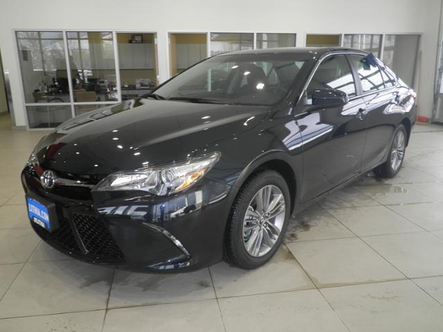 2017 Toyota Camry XSE XSE 4dr Sedan