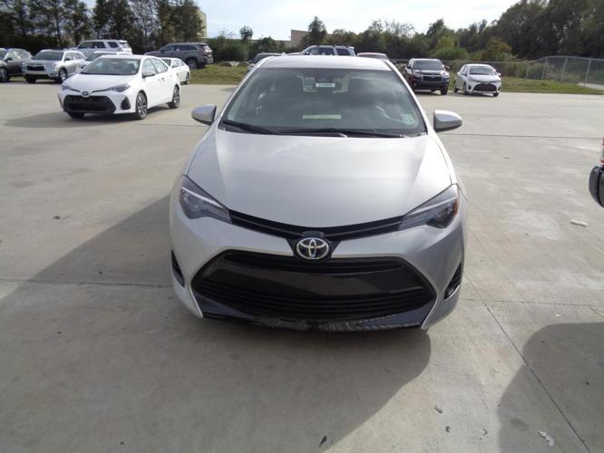 2017 toyota corolla le le 4dr sedan for sale in lake charles louisiana classified. Black Bedroom Furniture Sets. Home Design Ideas