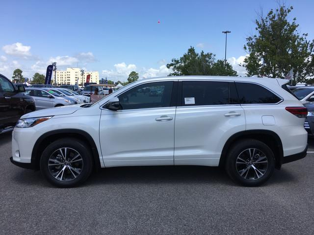 2017 toyota highlander le plus le plus 4dr suv for sale in lafayette louisiana classified. Black Bedroom Furniture Sets. Home Design Ideas
