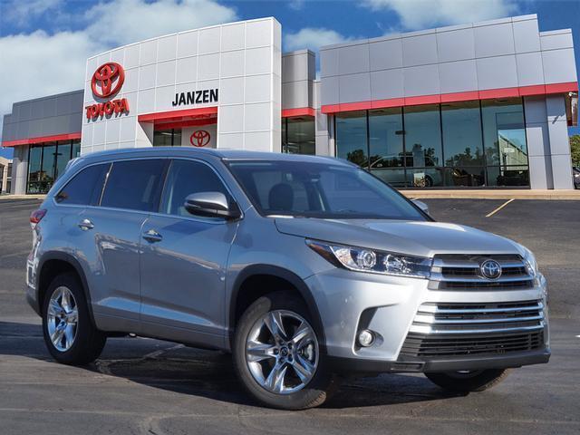 2017 Toyota Highlander Limited Limited 4dr SUV