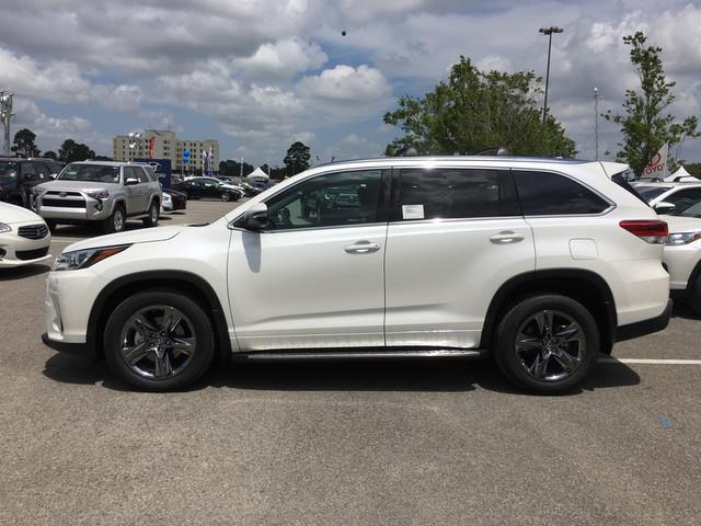 2017 toyota highlander limited platinum limited platinum 4dr suv for sale in lafayette. Black Bedroom Furniture Sets. Home Design Ideas