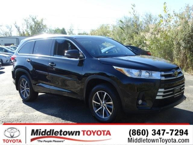 2017 toyota highlander xle awd xle 4dr suv for sale in middletown connecticut classified. Black Bedroom Furniture Sets. Home Design Ideas