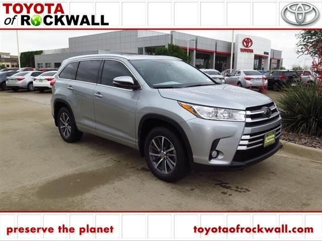 2017 toyota highlander xle awd xle 4dr suv for sale in rockwall texas classified. Black Bedroom Furniture Sets. Home Design Ideas