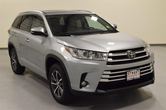 2017 toyota highlander xle xle 4dr suv for sale in ardmore oklahoma classified. Black Bedroom Furniture Sets. Home Design Ideas