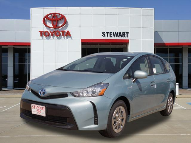 2017 Toyota Prius v Two Two 4dr Wagon