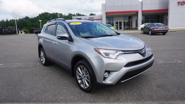 2017 Toyota RAV4 Limited AWD Limited 4dr SUV