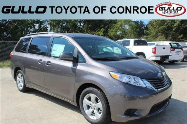 2017 toyota sienna le 8 passenger le 8 passenger 4dr mini van for sale in conroe texas. Black Bedroom Furniture Sets. Home Design Ideas