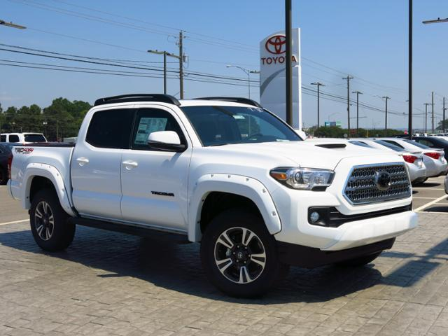 2017 Toyota Tacoma TRD Sport 4x4 TRD Sport 4dr Double Cab ...