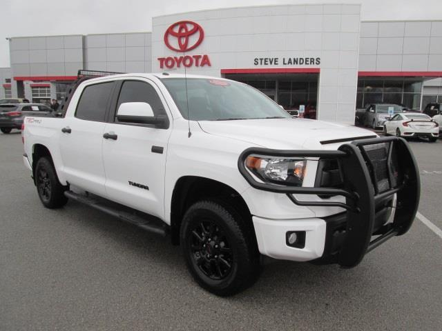2017 Toyota Tundra TRD Pro 4x4 TRD Pro 4dr CrewMax Cab