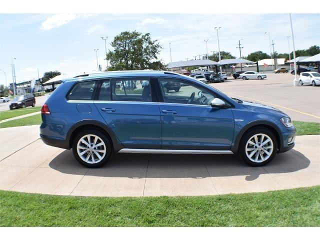 2017 volkswagen golf alltrack tsi s 4motion awd tsi s 4motion 4dr wagon 6a for sale in lubbock. Black Bedroom Furniture Sets. Home Design Ideas