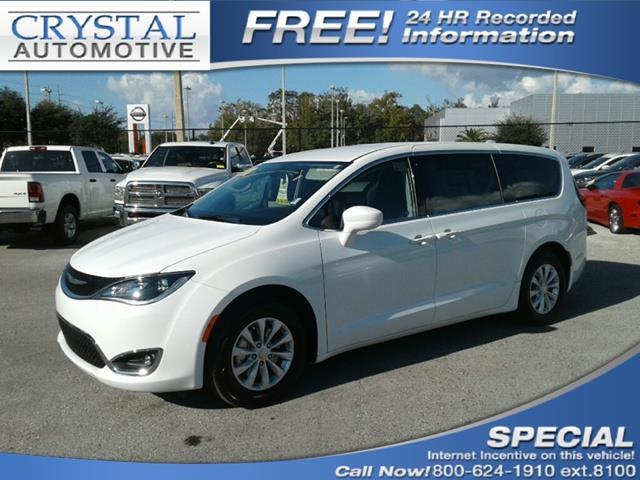 2018 Chrysler Pacifica Touring Plus Touring Plus 4dr