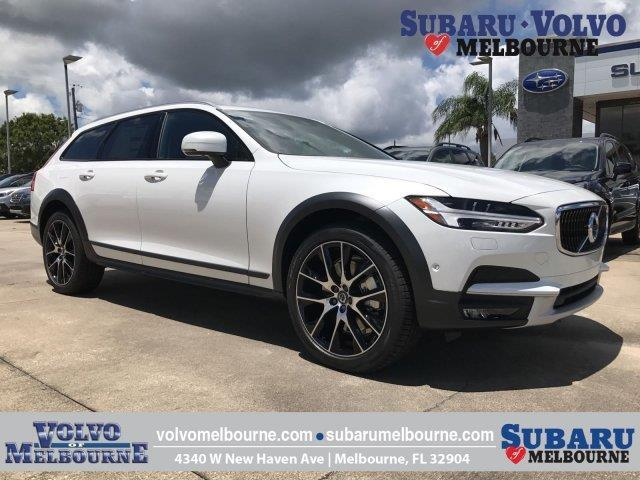 2018 Volvo V90 Cross Country T6 AWD T6 4dr Wagon