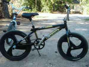 20in Mongoose bikes 16 in hyper trade - (Anderson) for ...