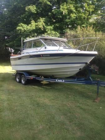 21 1987 Bayliner Trophy Hardtop Cuddy For Sale In Center