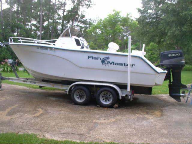 21' 2003 Polar 212 Fishmaster