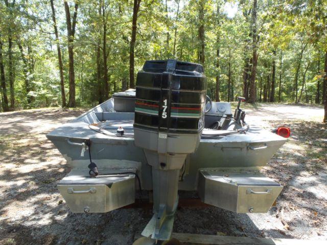 21 flat bottom boat