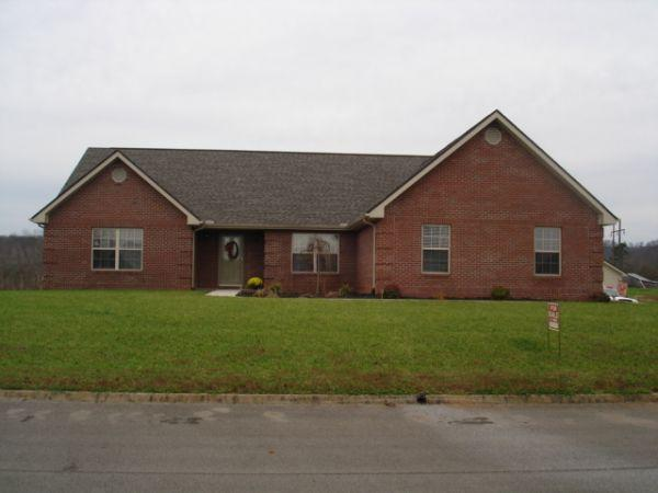 $215000 / 4br - 2600ft² - 4 bedroom 2 bath home