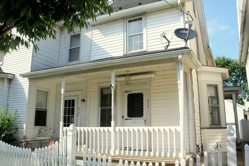 217 Lewis Street / Lots of Potential!!!