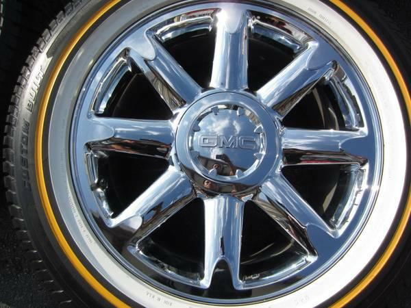 22 gmc denali wheels and vogue tires in brand new condition down for sale in houston texas. Black Bedroom Furniture Sets. Home Design Ideas