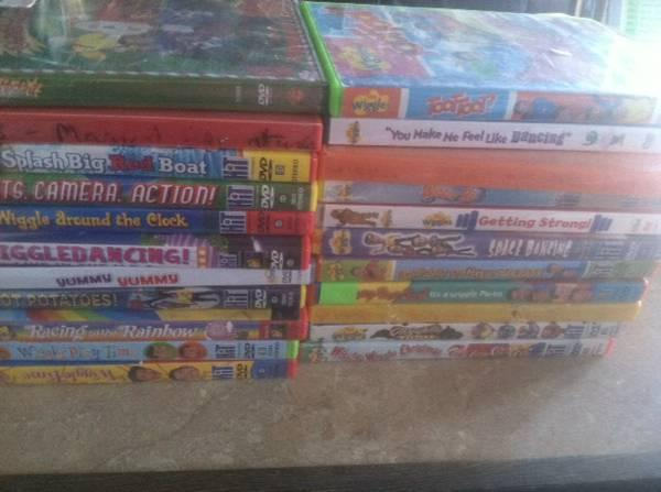22 the wiggles dvds - for Sale in State Center, Iowa