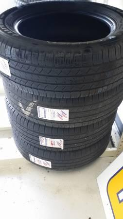 225/65R17 SET OF 4 GOOD USED MICHELIN LATITUDE TIRES -
