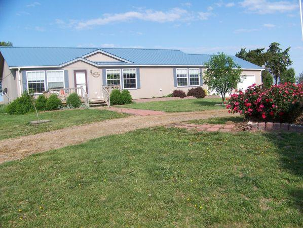 4br 3392ft 4 bedroom ranch style home on for 4 bedroom ranch style homes