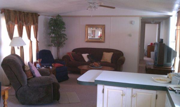 3br - 1200ft² - 2000 Fleetwood Mobile Home (4702 4th St  #47