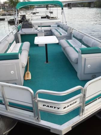 24 foot pontoon boat for sale in loves park illinois