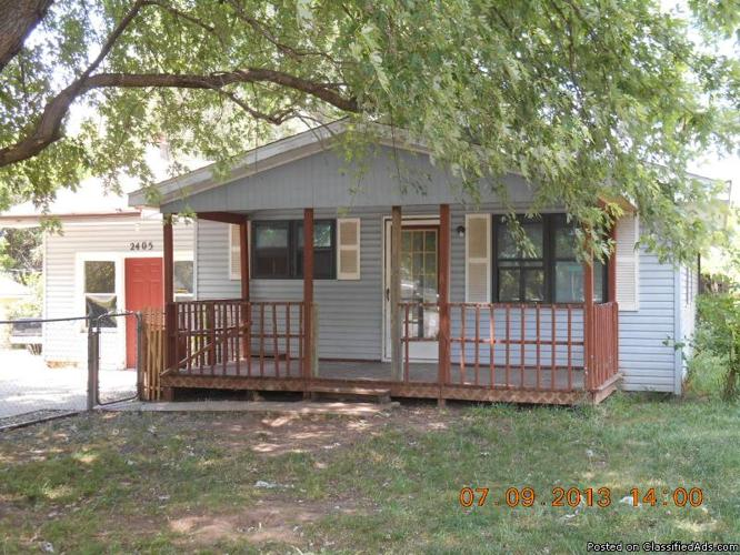 2405 Three Bedroom Two Bath House With Detached Two Car