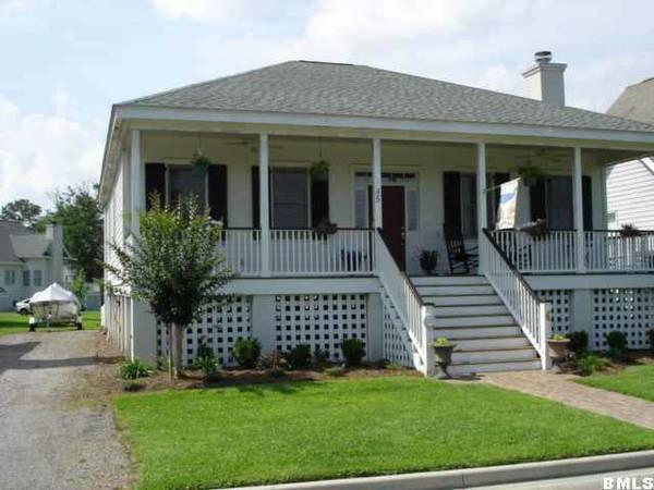 3br 1500ft 45 Holbrook Cottage Style Home For Sale