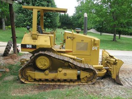 $25,500, 1987 Caterpillar D4H Dozer