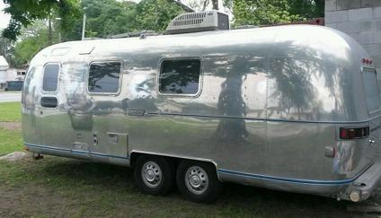25 AIRSTREAM Tradewind Camper Virgin Vintage Travel Trailer Polished Aluminum