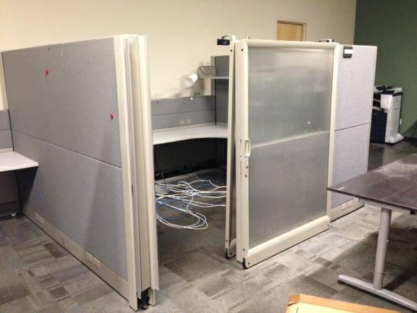 25 Quot Private Office Quot Cubicles For Sale With Sliding Plexi