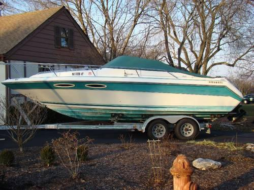 25' Seaswirl 230 SWL 1993 for Sale in Lehighton, Pennsylvania