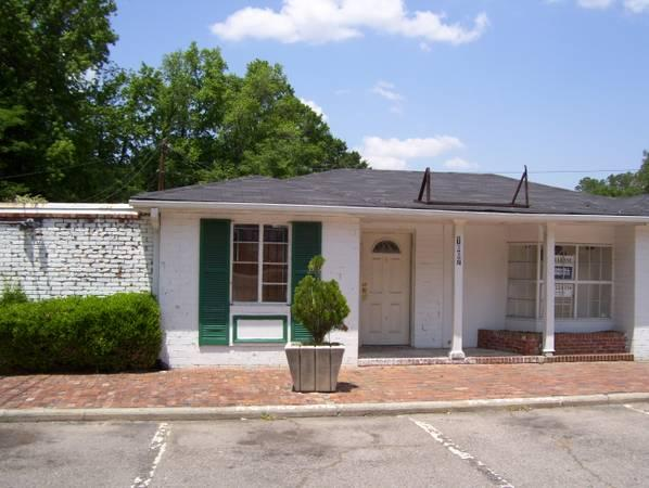 $250 / 700ft² - Kissingbower Rd Bldg FREE $250/MoThen