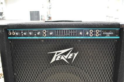 $250 OBO Peavey Combo 115 Bass amp