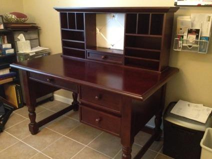 $250 Solid Maple Desk with Hutch
