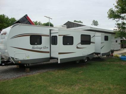 2012 Heritage Glen 312 QBUD Travel Trailer 36 ft -outside ...