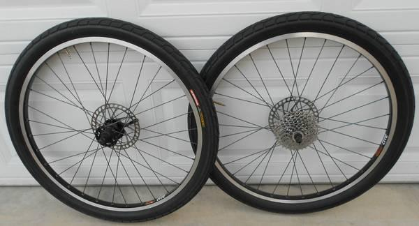 26 rhynolite mountain bike wheel set with street tires for sale in erwin heights north. Black Bedroom Furniture Sets. Home Design Ideas