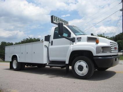 $27,500 2006 GMC 13 Utility Service Truck
