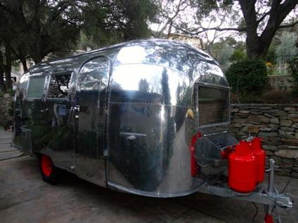 Vintage 1963 Airstream Quot Baby Sized Amp Lightweight Quot Globe