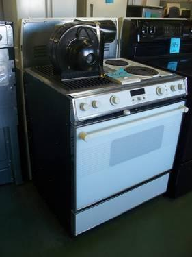 Hotpoint Electric Stove Kitchen Liances For In Bremerton Washington And Stoves Ranges Refrigerators Clifieds