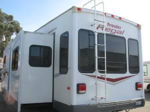 $28,000 2006 Prowler Ax6 40' 5th Wheel, 5 Pop Outs,