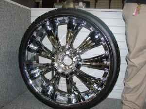 28 INCH RIMS AND TIRES - $3000 (AMERICAN PAWN)